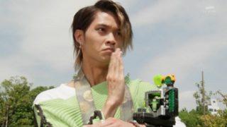 仮面ライダーゴースト 第44話「起動!デミアの恐怖!」で御成アランが変身!ビンタ5弾!トリプルライダーキック!