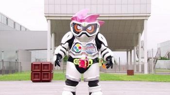 『仮面ライダーエグゼイド』第1話「I'm a 仮面ライダー!」
