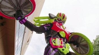 仮面ライダーゲンム スポーツアクションゲーマー レベル3