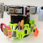 仮面ライダーの変身ベルトが飾れる『ディスプレイ台座』はCSMやDX玩具&天板にも置けて2段重ねOK!終了間近17日まで