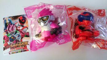 『仮面ライダー×スーパー戦隊 超スーパーヒーロー大戦』プレゼント付き前売券