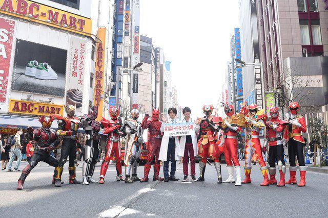 仮面ライダーエグゼイド 永夢と飛彩&超スーパーヒーロー大戦の最強セレクトチームとモモタロスが新宿に参上!
