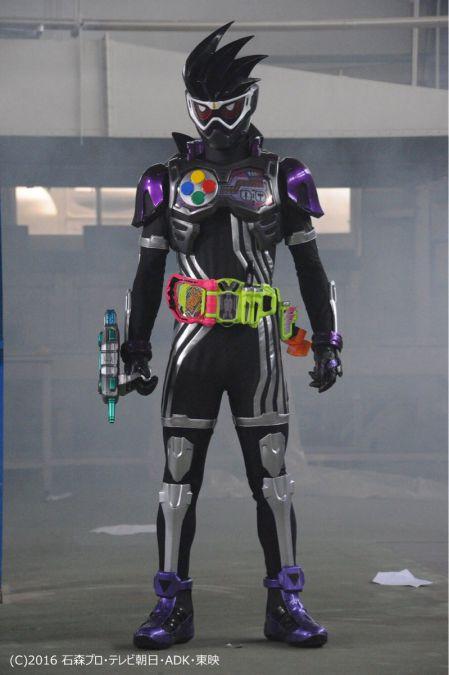 仮面ライダーエグゼイド第30話にゲンム レベル0!手にはガシャコンバグヴァイザーⅡクロノスの変身ベルト!