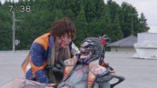 宇宙戦隊キュウレンジャー 第21話で相棒・チャンプ復活「待たせたな」!スティンガー兄弟対決に決着!さらばスコルピオ!