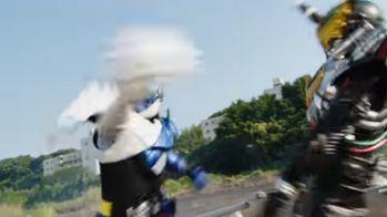 『仮面ライダービルド』ラビットタンク、ゴリラモンドとハリネズミ?敵の能力をボトルに収集!ナイトローグと敵ライダー!