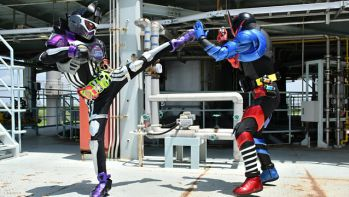 『仮面ライダーエグゼイド』第44話に仮面ライダービルドが登場!