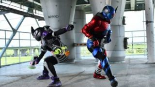 『仮面ライダーエグゼイド』で仮面ライダービルドと共演するゲンムはガシャコンブレイカー使用!一年は人をこんなに変える?