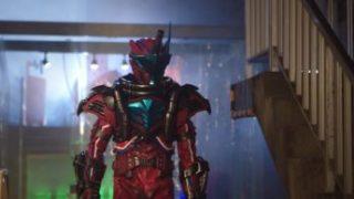 『仮面ライダービルド』ブラッドスターク(ファウスト幹部のコブラ男)はゲームメーカー!声は金尾哲夫さん。