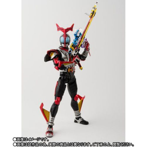 S.H.Figuarts(真骨彫製法)仮面ライダーカブト ハイパーフォーム