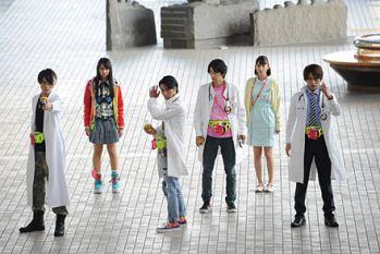 平成ジェネレーションFINALで「仮面ライダービルド」ガシャットを使うのは黎斗?3大ライダー&永夢と龍我とレーザーLv2!