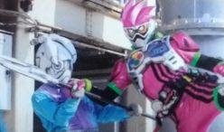 仮面ライダービルドがレジェンドライダーに変身!