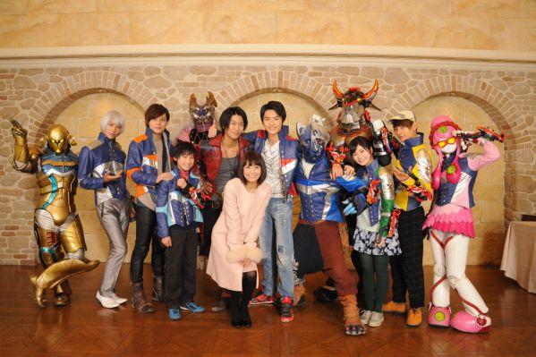 『宇宙戦隊キュウレンジャー』次回ついに最終回!小林麻耶さんがキュウレンジャー12人の活躍を伝えるレポーター役で出演!