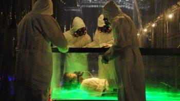 『仮面ライダービルド』北都の実験室にマスターが!ゴースト眼魔世界の●●っぽい装置でネビュラガス注入?