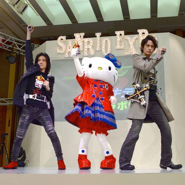 『仮面ライダー555』と『ハローキティ』のコラボグッズが発売!ファイズ・カイザ・デルタとオルフェノクまでもコラボ!