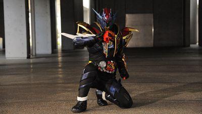 『仮面ライダービルド』第37話予告で龍我が手にしたドラゴンエボルボトルが金色に!新仮面ライダークローズが誕生