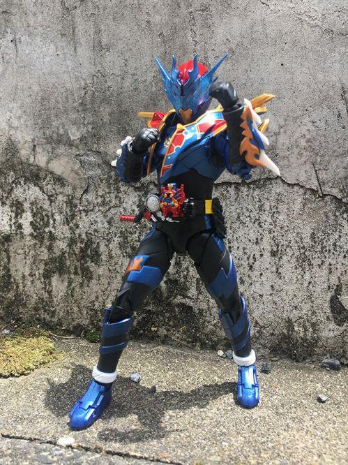 S.H.Figuarts 仮面ライダーグレートクローズ
