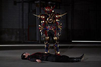 『仮面ライダービルド』46話で擬態リモコン&エンジンブロスVSローグ!映画でTVに繋がる行動の内海もエラいことに…!