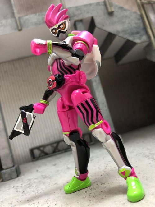 「装動 仮面ライダージオウ RIDE PLUS」の「仮面ライダーディケイド」