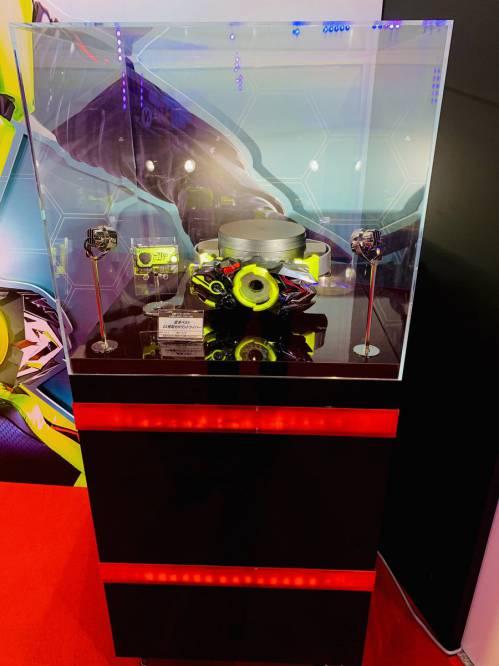 「変身ベルト DX飛電ゼロワンドライバー」が展示!