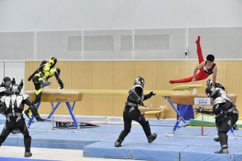 『仮面ライダーゼロワン』と『世界体操2019』が夢の競演!谷川兄弟があん馬の技で敵を蹴散らすPR映像が第5話放送内で流れます