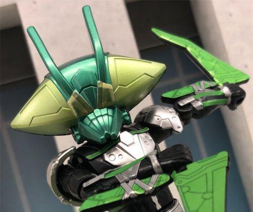 仮面ライダーゼロワン「装動 AI 09」に腹筋崩壊太郎のベローサマギアが収録!ヒビの入っていないゼツメライズキーで次郎も再現!
