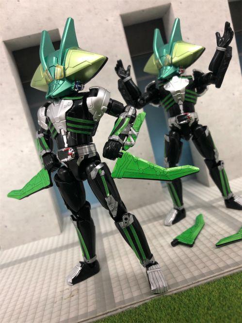 仮面ライダーゼロワン「装動 AI 09」に腹筋崩壊太郎のベローサマギアが収録