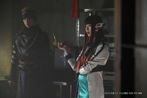 『仮面ライダーゼロワン』6月21日から新作放送再開!第35.5話「ナニが滅亡迅雷を創ったのか?」に長髪のイズ=アズが再登場!