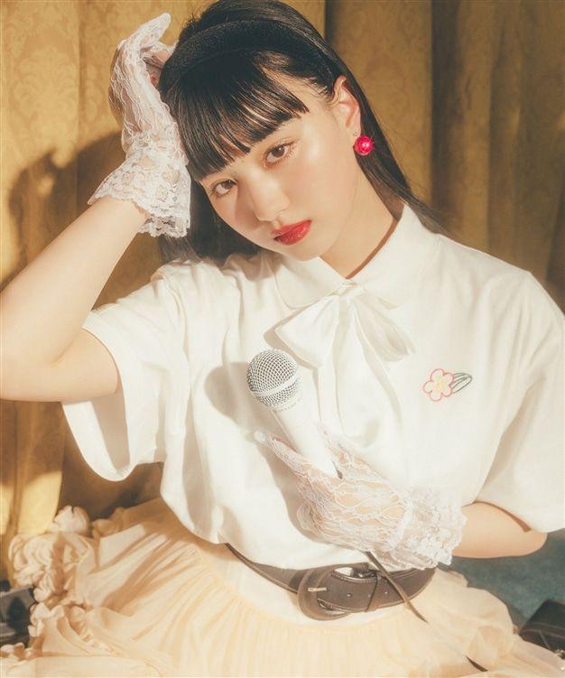 『仮面ライダーゼロワン』イズ・鶴嶋乃愛さんがWEGOとコラボ♪Tシャツ三色&アクリルスタンドのセット!