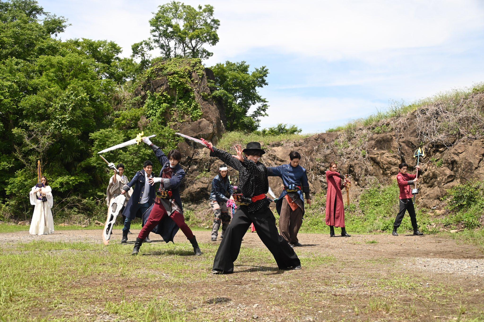 『仮面ライダーセイバー』ついに物語は最終決戦へ!10剣士が同時変身!レジエルとズオスが復活⁉上條大地と富加宮隼人が…!