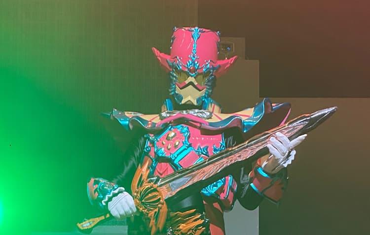 『仮面ライダーセイバー』ファイナル限定「謎の仮面ライダー」の姿が公開